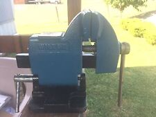 Wilton Tilting Vise with pipe jaws  4 inch jaws, U.S.A.