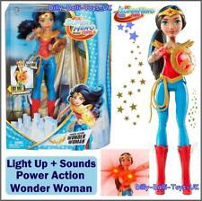 ❤ Dc Super Eroe ragazze Wonder Women 2 in 1 Abito Bambola in Scatola Nuovo di zecca!!!