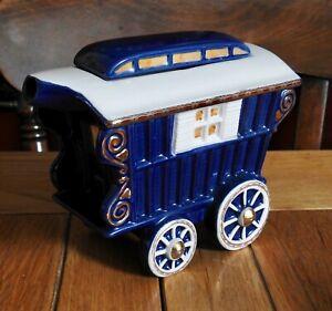 Swineside Teapottery - Romany Caravan Teapot
