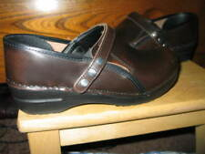 Sanita 'Professional Oiled' Closed Clogs Shoes womens 7