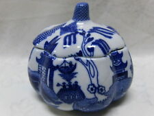 WHITE BLUE WILLOW CONDIMENT POT SUGAR BOWL DISH JAR ORIENTAL CHINESE JAPANESE