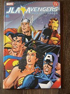 JLA VS Avengers #1 DC Marvel Graphic Novel 2004 Kurt Busiek & George Perez NM