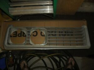 NICE Arizona pittfree 1969 Buick Lesabre right grille, NO RESERVE!