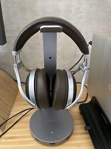 Denon AH-D5200 Closed Back Over-Ear Headphones