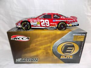Kevin Harvick #29 Snap-On GM Goodwrench 2003 Monte Carlo Elite 1:24