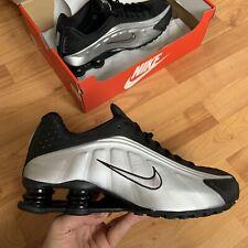Nike Men's Shox R4 Trainers Size UK 8.5 EUR 43 Black 104265 045