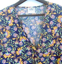Crest Floral Nursery Scrubs Coat Size 3XL Navy Blue All Cotton Snaps Long Sleeve