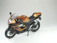 Modell Motorrad 1:12 Suzuki GSX-R 1000 metallic bronze/schwarz- Maisto