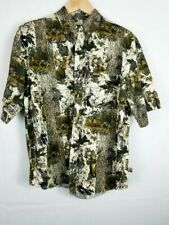 Outdoor Life Mens Camo With Bucks Graphic Button Down Size XL S/S 100% Cotton