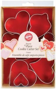 Wilton Hearts Metal Cookie Cutter Set 7 Piece