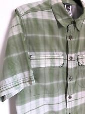 The North Face Mens Vapor Wick Green Plaid Short Sleeve Nylon Shirt Size Small