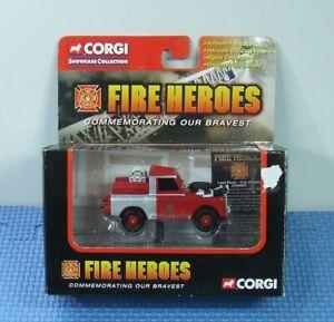 CORGI 1/43 LAND ROVER (City of Bath) FIRE TRUCK - Released 2002 - CS90065