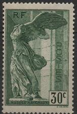 "France: Y et T No 354 neuf **. ""Samothrace""."