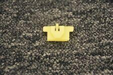 Inc 10x tarjeta de panel guarnecido de puerta Renault /& Clips arandelas de goma 7703077111