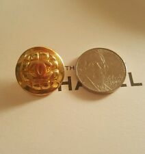 VERY RARE quilted chanel CC button vintage signed 80s 90s