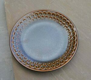 """Wedgwood Pennine small side plate 6"""" in excellent used condition brown"""