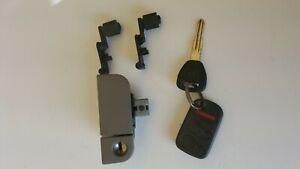 2002 Honda Odyssey Glove Box Latch with Key and Stops