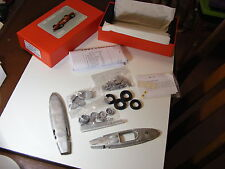 """FERRARI 1.5 LITRI """"SQUALO Nosed"""" Auto da Corsa 1961 - 1:24 Kit in metallo bianco"""