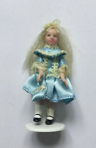 Dolls House Girl - 10.5 cm