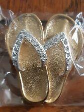 FLIP FLOPS SHOE PIN BROOCH  GOLDEN WHITH RIME STONES DIAMOND SIMULANTES