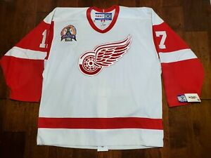 Authentic Detroit Red Wings Brett Hull CCM On-Ice Game Jersey Stanley Cup 2002