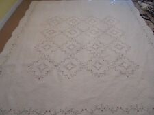 Nice Cream Whole Cloth w/Embroidered Flowers Quilt