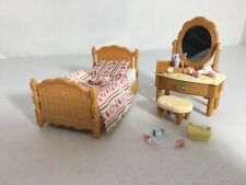 Calico critters/sylvanian families Bedroom Furniture With Vanity