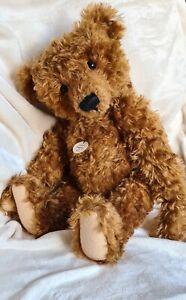 STEIFF BEAR. Teddy Girl. 404306. Ltd Ed. 1997. Mint condition. Very cute.