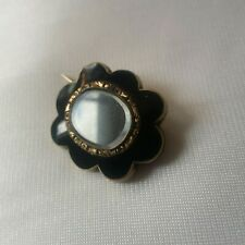 ANTIQUE VICTORIAN MOURNING BROOCH WITH PLATTED HAIR & BLACK ENAMEL
