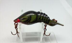 """VINTAGE Tom Mann's Hackle Back Crawdad Green Crawfish 1 3/4"""" Crankbait Fish Lure"""