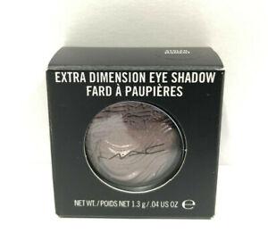 MAC Extra Dimension Eye Shadow - STOLEN MOMENT - 1.3g/.04 us oz