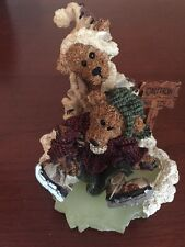 Boyds Bears, Simon & Bailey.Helping Hands, Nib
