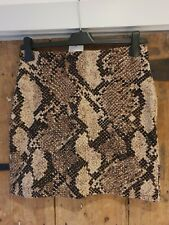 BNWT Ladies H&M Snake Print Short Skirt in Size 10 - Lined
