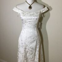 Jessica McClintock Junior Size S Womens Size XS Off The Shoulder Dress In White
