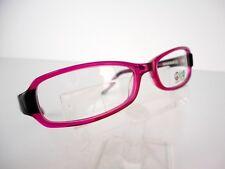 Daisy Fuentes Peace by Zylowear (130) Berry Black 52 x 16 135 mm Eyeglass Frames