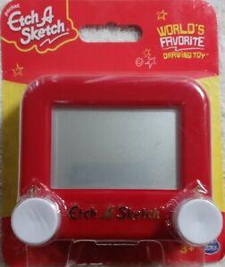 New Pocket ETCH A SKETCH World's Favorite Toy