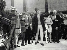 Willy Wonka & the Chocolate Factory UNSIGNED cast photo - H8204