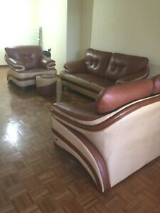 Italian Living room  Leather couch set in great condition $4500.00 LOCAL PICKUP
