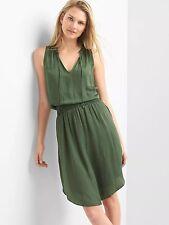 NWT GAP Smocked sleeveless keyhole dress, Jungle Green SIZE M    #526770  v617