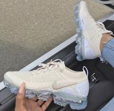 NIKE vapormax 2 women's light cream gold
