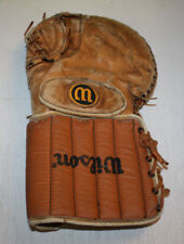 Vintage Wilson Hockey Goalie Double Leather Left Hand Wearer Glove H-8303
