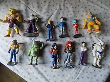 Dragon Ball 12 figurines statues Dragon Ball Z dont 10 sur socles DRAGON BALL Z