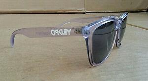 Vintage Oakley Frogskins Violet iridium SUNGLASSES, SEE PICS!