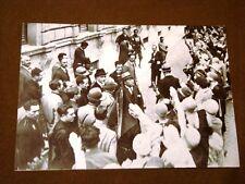 Il Fascismo in Italia Roma negli anni '30 Duce Mussolini con le operaie di Pola