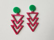 Statement stud red wooden dangle triple triangle design green pad