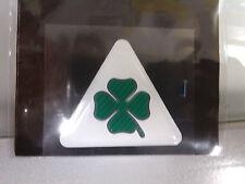 Adesivo/i 3D resina Quadrifoglio Verde triangolo bianco Alfa Romeo piccolo