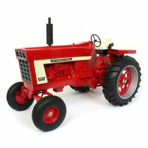 International Harvester IH 966 1/8 Scale Wide Front ZSM 1213