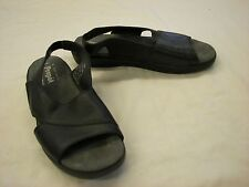 Women's Propet Black Leather sandals - 7.5N (AA)