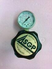 Victor Brass Pressure Regulator 500 Psi Max Inlet with Usg Gauge 200 Psi 1400kPa