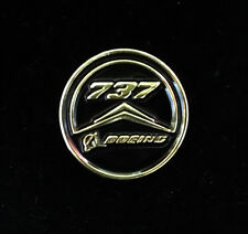 Pin BOEING Round Logo BOEING 737 Pin for Pilots metal GOLD pin tie tack B737